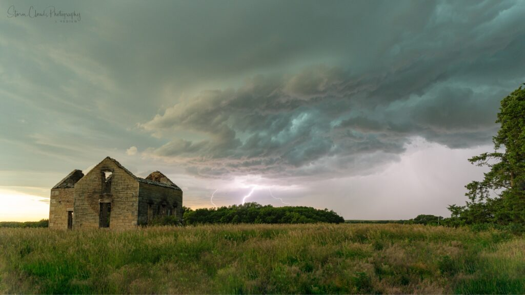 3rd Place Storm approaches an abandoned house on the Great Plains by Laura Hedien @lhedien