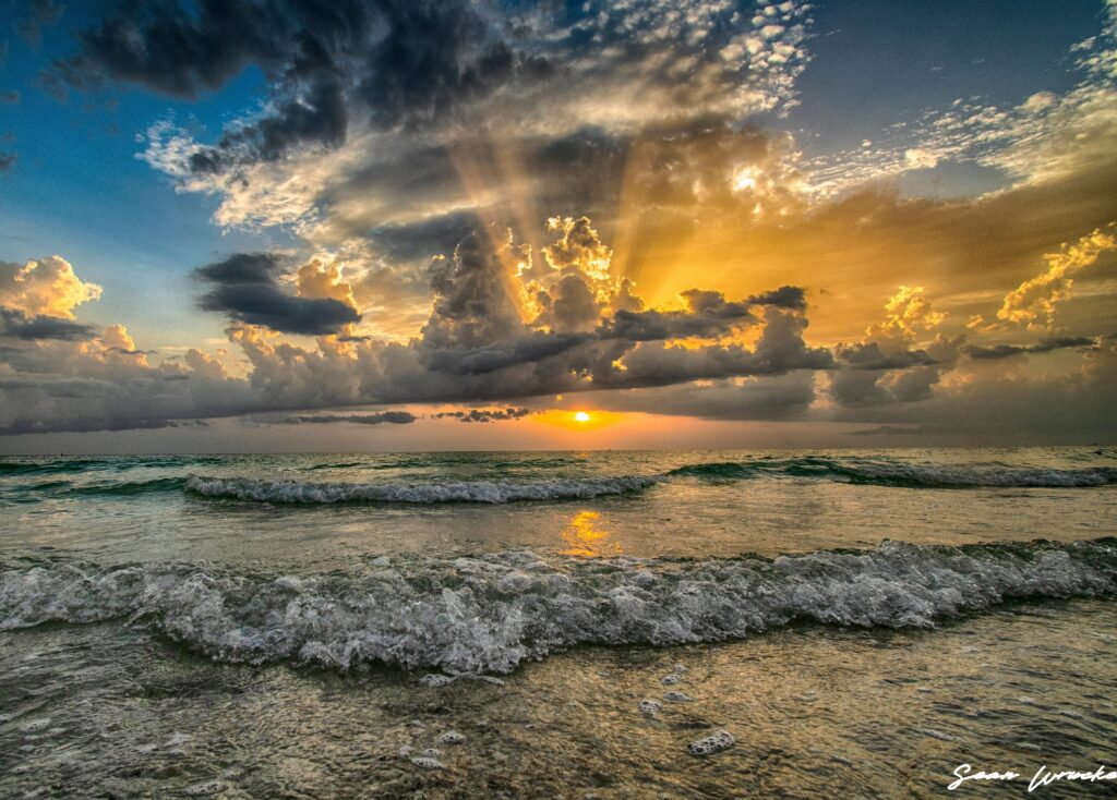 1st Place Sunset over the Gulf of Mexico by Sean Wrucke @Sean__01