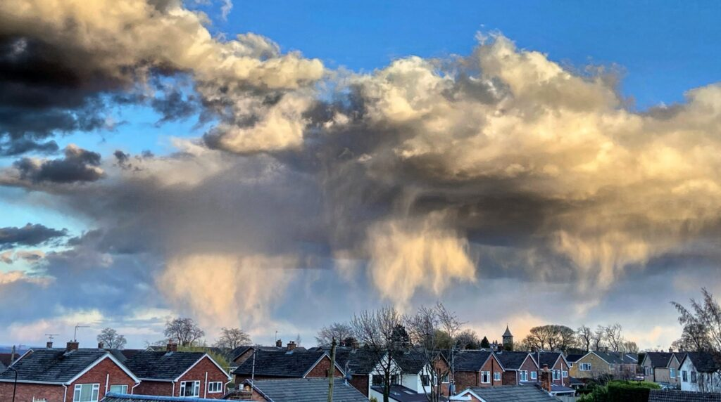 2nd Place Snow showers across Harrogate by Sally @rosetintedlass